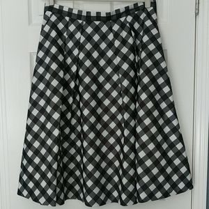 Talbots Black and White Skirt Size 16